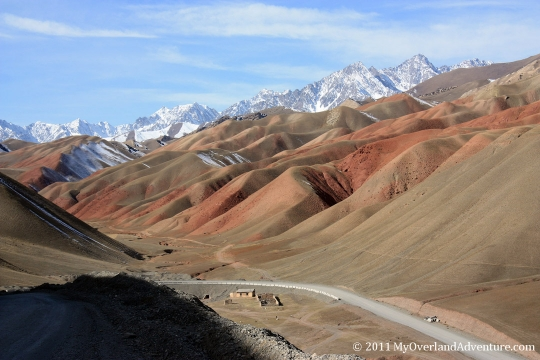 Red Hills - Road to Sary Tash